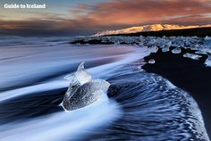 Join this best value tour from Reykjavík to explore the South coast of Iceland, with its black beaches, glaciers and volcanoes. On it you will reach all the way to the incredible Jökulsárlón glacier lagoon in Southeast Iceland. On your way you will see beautiful mountains, explore waterfalls and exp