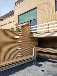 Unbelievable Modern Architecture Designs – My Life Spot Modern Architecture Design, Modern Buildings, Residential Architecture, Design Blog, Art Deco Design, Robert Mallet Stevens, Archi Design, Walter Gropius, Industrial Interior Design