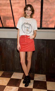 SABIAS QUE...  Alexa Chung, it girl e apresentadora inglesa, irá aparecer na série americana 'Gossip Girl'.