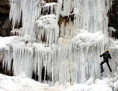 Escalada de hielo en el Roncal. Navarra