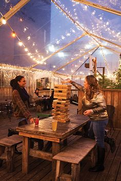 Best bars in Austin - youre automatically really cool for visiting! But dont miss out on these super chill vibes!