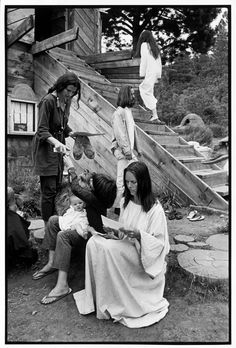 Henri Cartier-Bresson USA. New Mexico. Near Taos. The Lama Foundation community. 1971.