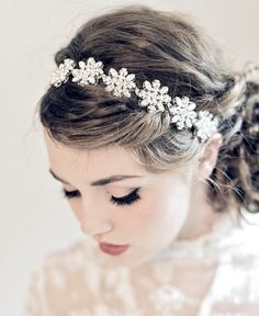 Enchanted Bridal Snowflake Jewelry Hairband op we heart it / visuele bladwijzer #45758793