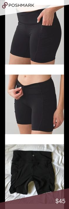 Lululemon Speed Track Short Black $98 Lululemon Speed Track Short Black Sz 2 No flaws. Perfect. Four-way stretch Full-On® Luxtreme fabric is sweat-wicking  and offers great support and coverage with a cool, smooth feel incredible  support and coverage sweat-wicking four-way stretch cool smooth handfeel  naturally breathable LYCRA® Added LYCRA® fibre for great shape retention  stretch great shape retention long-lasting comfort lululemon athletica Shorts