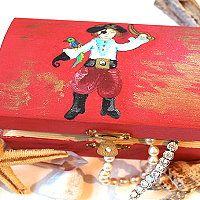 Bastelideen für Kinder: wie z.B. diese niedkliche Piraten Bastelvorlage ★ inklusive Bastelanleitung für eine Schatztruhe ★  sowie weitere  Bastelideen für Kinder gibt es hier http://kreativ-zauber.de/bastelideen-fuer-kinder/