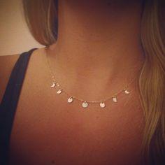 Moon Phase necklace, Whole Moon Cycle Necklace, Goddess Necklace by OxbowDesigns on Etsy www.etsy.com/... .........................................................................................................Schmuck im Wert von mindestens g e s c h e n k t !! Silandu.de besuchen und Gutscheincode eingeben: HTTKQJNQ-2016