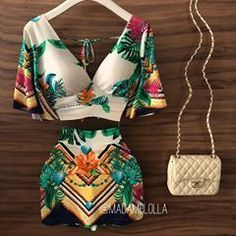 - February 02 2019 at Crop Top Outfits, Hot Outfits, Girly Outfits, Summer Outfits, Fashion Outfits, Mode Rockabilly, Fashion Illustration Dresses, Versace Dress, Love Fashion