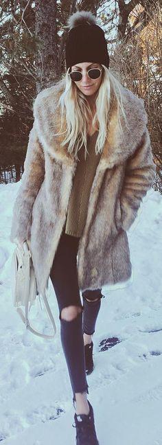 #winter #fashion /  Faux Fur Coat / Black Beanie / Destroyed Jeans / Green Top