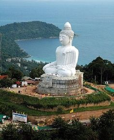 Big Buddha, Phuket, Thailand - more photos and Phuket tips on the blog: http://www.ytravelblog.com/things-to-do-in-phuket/