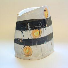Pot 2003 © Linda Styles Ceramics