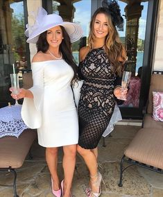 Garden Party Outfit Ideas For 2019 Tea Party Attire, Tea Party Outfits, Derby Outfits, Party Outfits For Women, Tea Party Hats, Royal Tea Parties, Vintage Tea Parties, Bridal Shower Tea, Tea Party Bridal Shower