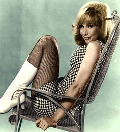 Barbara Eden.... Such a sweet beauty