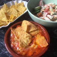 #Zuckerfrei #chili #scharf #hot #spicy #nachos Nachos, Zucchini, Cornbread, Thai Red Curry, Spicy, Hot, Ethnic Recipes, Ground Meat, Carrots