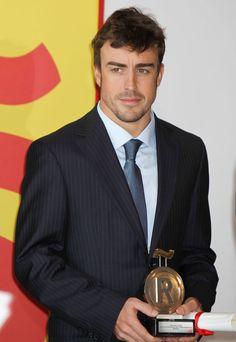 Fernando Alonso, nuevo embajador de la 'marca España' #famosos #deportistas