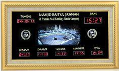 Tipe PLATINUM D (116 x 66 cm) Frame Fiber/Aluminium Lampu Background MP3 Player untuk Tilawah, dll USB untuk Flashdisk Berat Paket 24 Kg Rp.5.290.000,-  http://jamdigitalmasjid.id