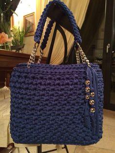 Borsa in fettuccia mod. Sandrarise / borse a maglia / - Сумки - Borsa in fettuccia mod. Sandrarise / borse a maglia / - Сумки Bag Crochet, Crochet Clutch, Crochet Diy, Crochet Handbags, Crochet Purses, Crochet Crafts, Handbag Patterns, Handmade Purses, Knitted Bags