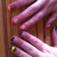 Batman & Robin nail art Diy Nails, Cute Nails, Halloween Nails, Halloween Stuff, Halloween Ideas, Halloween Costumes, Batman Nail Art, Girls Nails, Girly Things