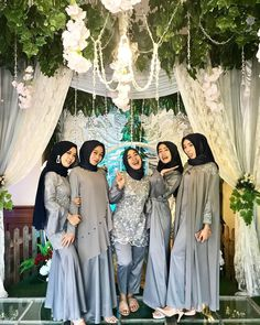Hijab Gown, Kebaya Hijab, Hijab Dress Party, Hijab Style Dress, Kebaya Dress, Kebaya Wedding, Muslimah Wedding Dress, Muslim Wedding Dresses, Gaun Dress