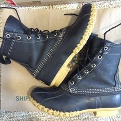 """RARE‼️L.L. BEAN BOOTS 6 LL 8"""" Height. fits 6-6.5-7 LL Bean Boots Women's 6.  8"""" height. Very RARE Black color!!!... more versatile than the original color, goes w everything!   Limited Edition!!! The Original Duck Boot. Authentic. Medium width. Excellent Condition,a little wear on the heels,laces,small scuffs,see all pics. Ask for more pics if interested, Fits 6-7 depending on sock thickness/thinness. Would fit someone that's between a 7-7.5 with thin socks. Fast shipping!Listed elsewhere…"""