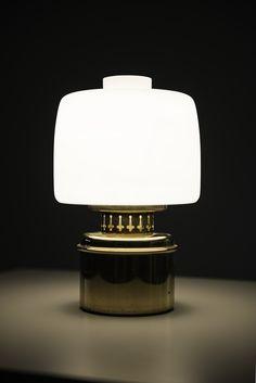 Hans-Agne Jakobsson table lamp model B-255 at Studio Schalling