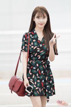 埋め込み画像 #iu #kpop #fashion #airport