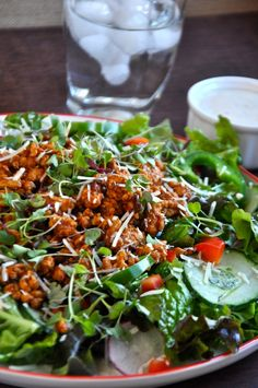 Chipotle Turkey Taco Salad. Lean & Green Meal! YUM~ www.freshandhappy.com #leanandgreen #healthycooking #lowcarbcooking