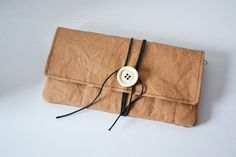 eBook / sewing instruction Jacky Clutch cm) with 2 zippered compartments Jacky, Diy Clutch, Crisp White Shirt, Diy Cardboard, Bag Packaging, Textiles, Outdoor Fabric, Vegan Leather, Upcycle