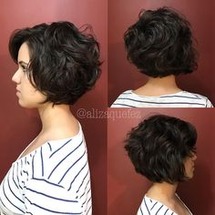 "647 Likes, 25 Comments - Liza Mendes (@alizaquefez) on Instagram: ""Mariana Lopes. Obrigada mais uma vez! ❤ #alizaquefez"" Short Curly Hair, Medium Short Hair, Short Wavy, Short Hair Cuts For Women, Wavy Hair, Medium Hair Styles, Curly Hair Styles, Mom Hairstyles, Short Bob Hairstyles"
