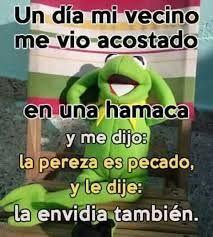 Resultado de imagen para memes cristianos rana rene Spanish Jokes, Funny Spanish Memes, Words Quotes, Life Quotes, Church Humor, Church Quotes, Mexican Humor, Funny Phrases, Sarcastic Quotes