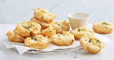 The whole family will love these super easy pie maker spinach and three-cheese filo pies. Suitable for work and school lunch boxes. Filo Pastry, Flaky Pastry, Mac And Cheese Muffins, Just Pies, Fairy Bread, Easy Pie, Mini Pies, Perfect Breakfast, Yummy Snacks