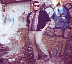 Meet Tyler, Editor of Plus Size Men's Fashion Mag, The Justice Plus Size Men's Clothing Style for the big boys! Mens Plus Size Fashion, Tall Men Fashion, Look Fashion, Guy Fashion, Big And Tall Style, Mens Big And Tall, Clothes For Big Men, Work Clothes, Chubby Men