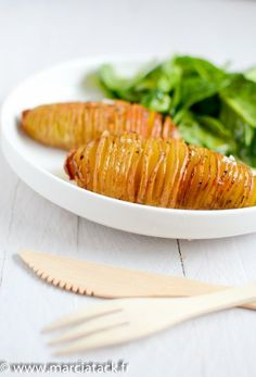 Une délicieuse façon de manger les pommes de terre au four avec cette cuisson à la suédoise : finement tranchées et dorées, une pure merveille !