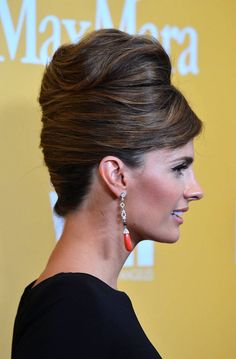 Stana Katic Wears an Updo at the 2012 Women in Film Crystal + Lucy Awards on June 12, 2012