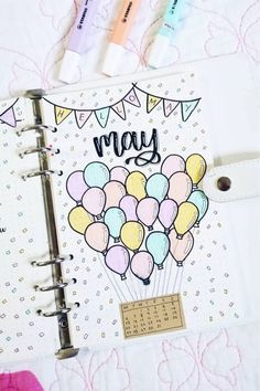 Bullet Journal Monthly Cover Ideas For May 2019 - Crazy Laura A new month in your bullet journal can be tough, espically if you don't have your theme yet. These May monthly cover page ideas will spring you into summer! Bullet Journal August, Doodle Bullet Journal, Bullet Journal Cover Ideas, Bullet Journal Banner, Bullet Journal Writing, Bullet Journal School, Bullet Journal Aesthetic, Bullet Journal Layout, Journal Covers
