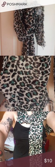 Leopard print scarf Super cute grey and teal leopard print scarf Accessories Scarves & Wraps