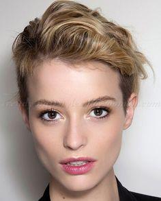 Undercuts for Women | long on top undercut hairstyle for women