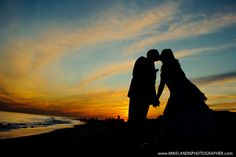 awesome silhouette wedding shot