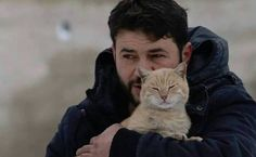 Meet the Hero Who Stays in Syria to Care for Its Abandoned Cats - GOD BLESS THIS TRULY AMAZING EARTH ANGEL!!!!!!!!!!!!!!!!!!!