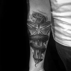 30 Kobe Bryant Tattoo Designs For Men - Basketball Ink Ideas - Man Style Inner Forearm Tattoo, Cool Forearm Tattoos, Arm Sleeve Tattoos, Leg Tattoos, Black Tattoos, Tattoos For Guys, Dope Tattoos, Basketball Tattoos, Tattoo Designs And Meanings