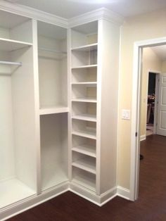 Custom Built-in Closet - Garderobe Design - Aufbewahrung Master Closet Design, Master Bedroom Closet, Bathroom Closet, Small Master Closet, Narrow Closet, Small Closets, Budget Bathroom, Bathroom Storage, Closet Built Ins