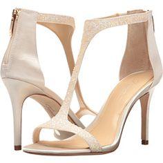 d7f11ba4c832 15 Best Clothes and Shoes images
