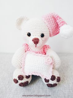 Amigurumi - Urso Soneca - Receita Grátis de Crochê - Encantari Amigurumi Tutorial, Crochet Amigurumi, Amigurumi Toys, Crochet Baby, Free Crochet, Amigurumi For Beginners, Free Food, Enchanted, Free Pattern