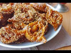 Recette de chebakia : gâteaux marocains au miel  / Moroccan honey cookies recipe