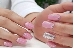 Spring Nail Art Designs - Seite 37 von 75 - Soflyme - New Ideas Spring Nail Trends, Spring Nail Colors, Spring Nail Art, Nail Designs Spring, Cool Nail Designs, Minimalist Nails, French Nails, August Nails, Nagellack Trends