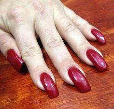 Red acrylic nails Sexy Nails, Hot Nails, Flare Nails, Huge Biceps, Long Natural Nails, Long Fingernails, Nail Polish Hacks, Red Acrylic Nails, Elegant Nails