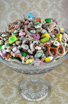 Sweetology: Lucky Charm Snack Mix