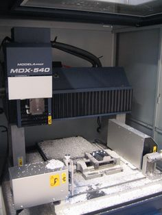 Roland MDX-540 CNC-jyrsinkone