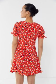 Floral Print Fabric, Floral Prints, Short Sleeves, Short Sleeve Dresses, Faithfull The Brand, Ruffle Trim, Printing On Fabric, Urban Outfitters, Crew Neck