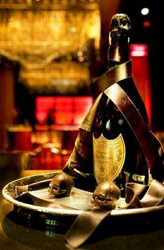skull champagne