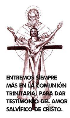 Entremos siempre más en la comunión trinitaria, para dar testimonio del amor salvífico de Cristo, el Papa en el Ángelus